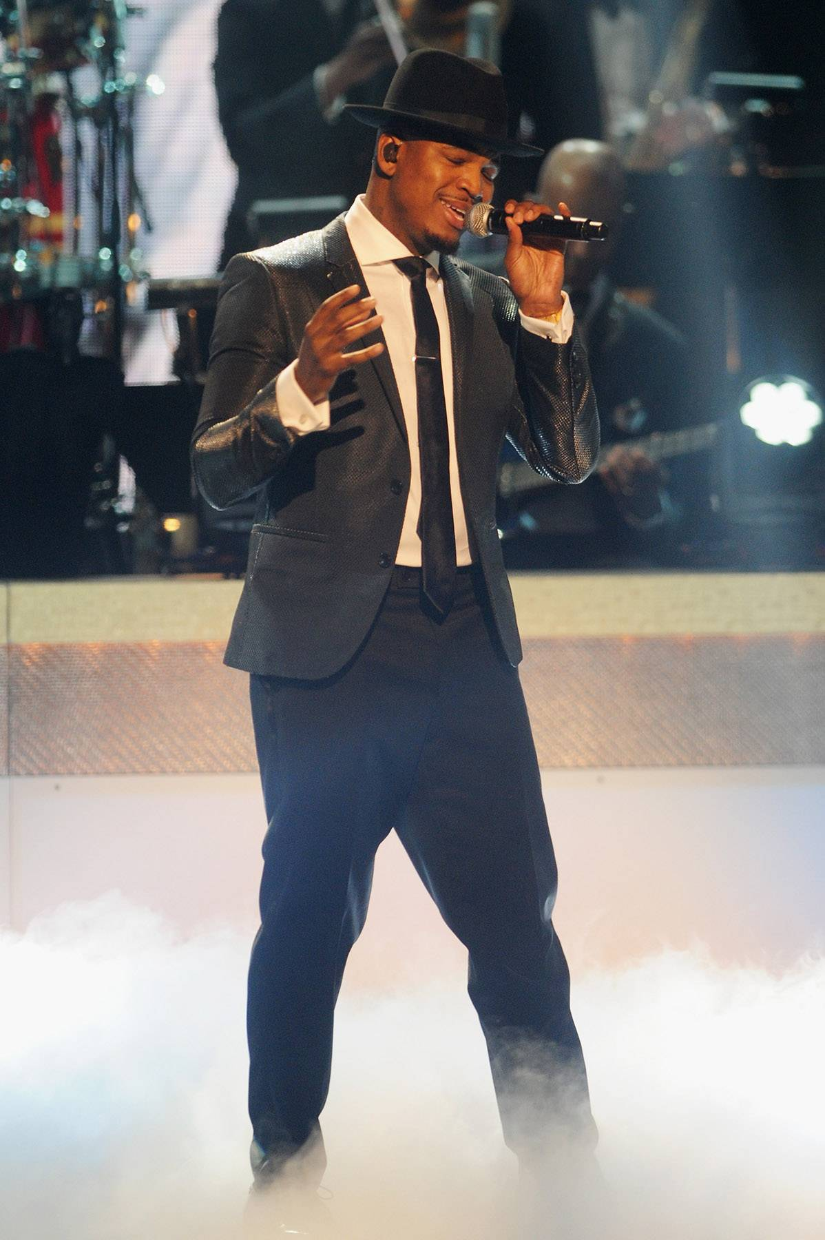 """Giving Us Something We Can Feel  - R&B singer Ne-Yo performs """"Religious/Ratchet Wit Yo Friends"""" off hisNon-Fiction album. (Photo: Brad Barket/BET/Getty Images for BET)"""
