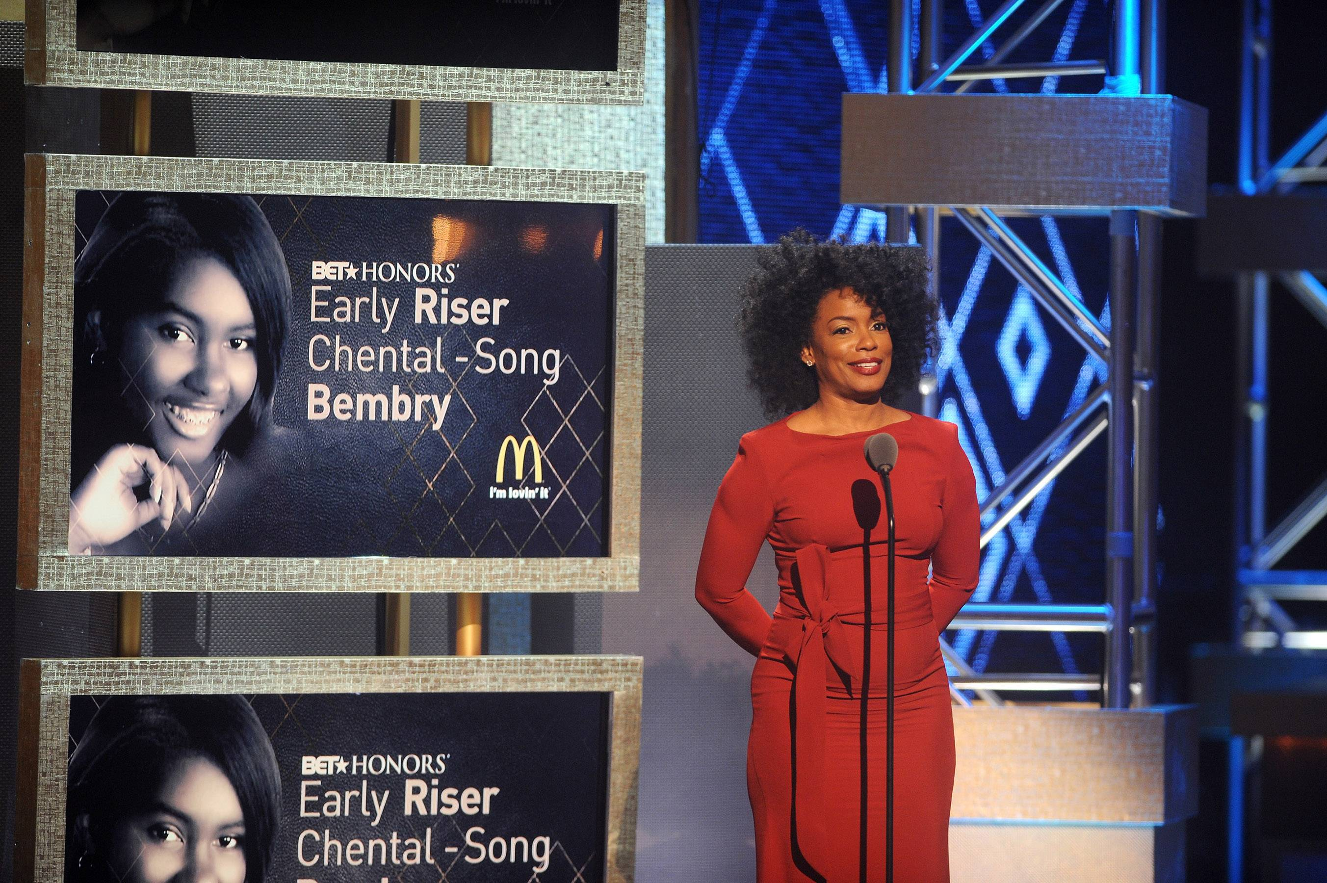 Salute to the Early Risers - Aunjanue Ellis honors BET Honors Early Risers for their achievements in their communities. (Photo: Brad Barket/BET/Getty Images for BET)