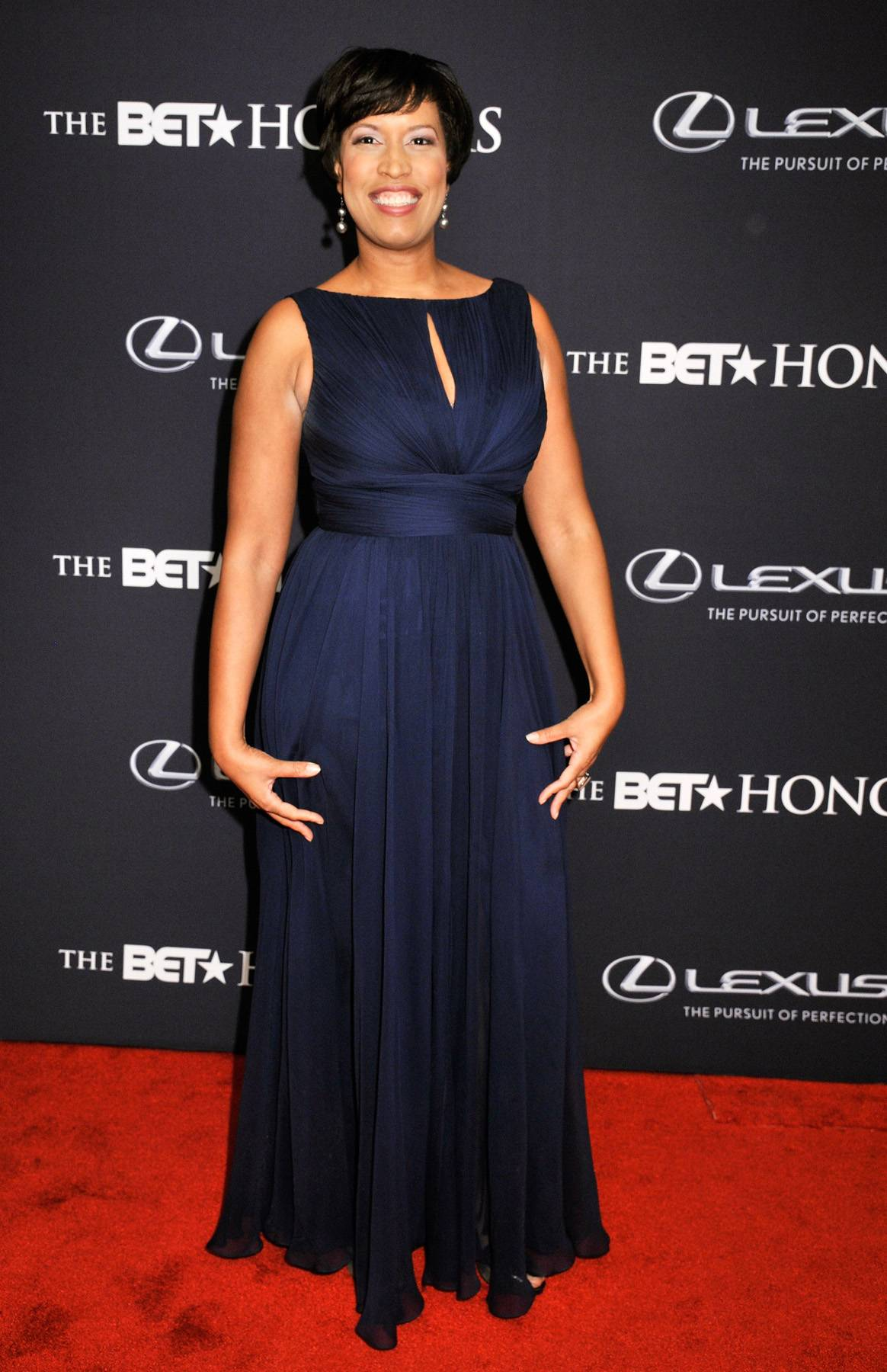 Head of State  - District of Columbia mayor Muriel Bowser dazzles on the carpet for The BET Honors 2015. (Photo: Kris Connor/BET/Getty Images for BET)