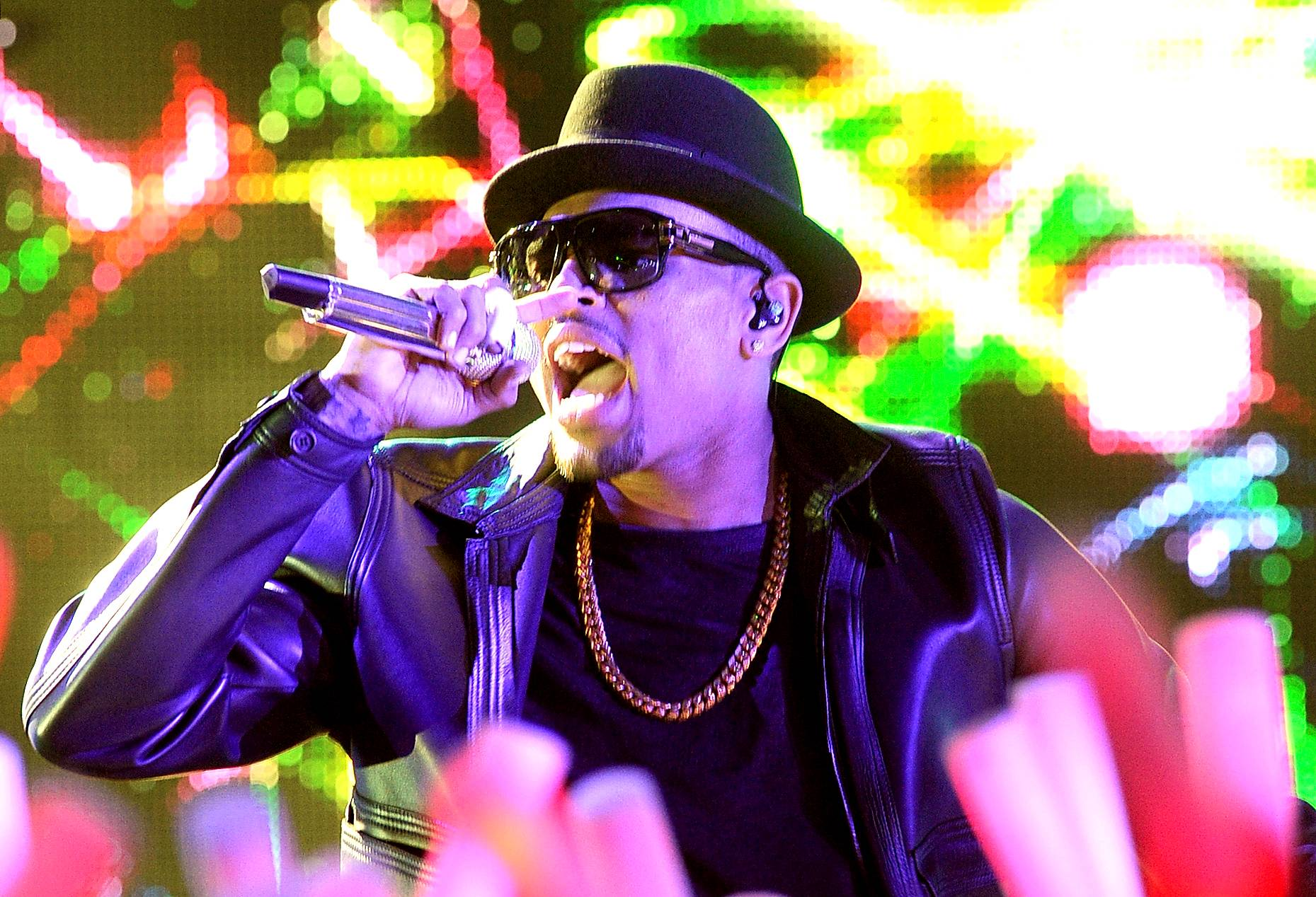 """Chris Brown (@chrisbrown) - TWEET: """"One of my sketches!""""   Chris Brown tweets almost nothing but Instagram photos now, the most interesting of which, this week, turned out to be a number of his own personal drawings.(Photo: Jason Merritt/Getty Images)"""