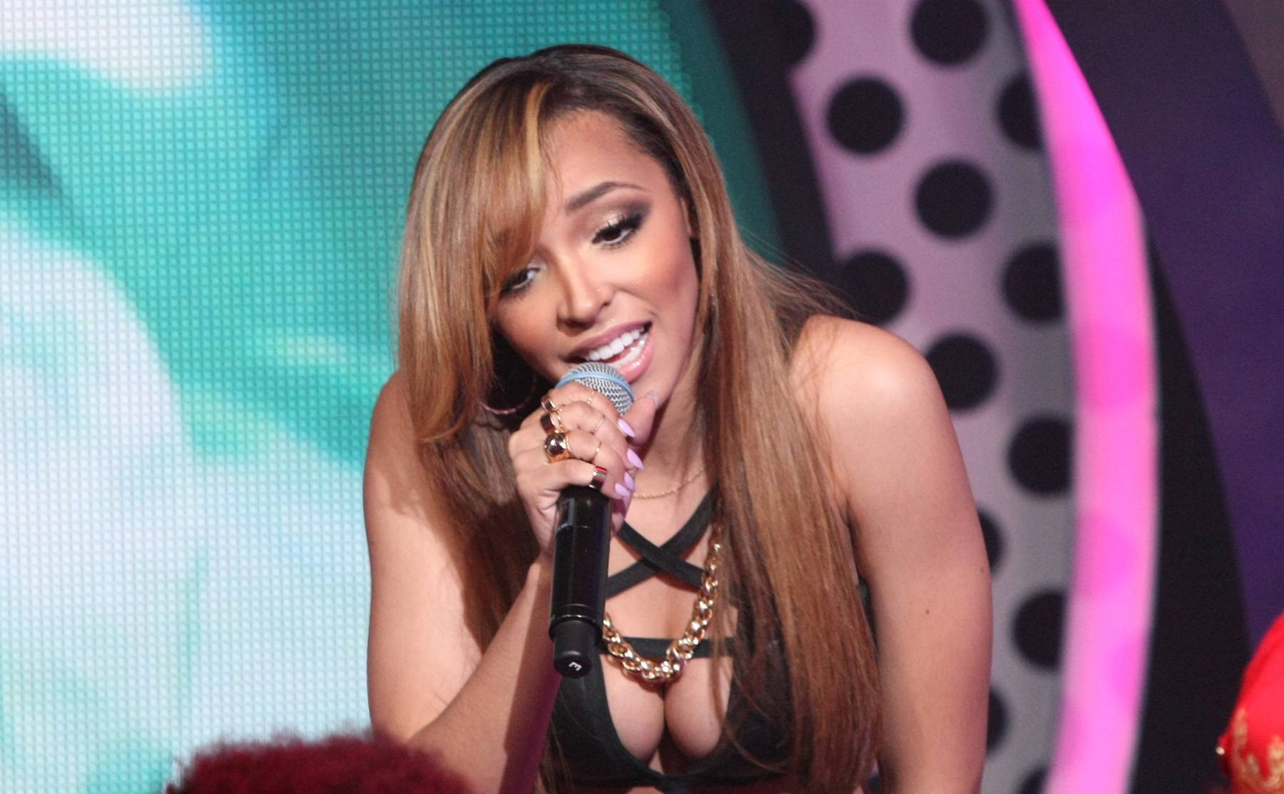 Nothing Wrong With a Serenade - (Photo: Bennett Raglin/BET/Getty Images for BET)