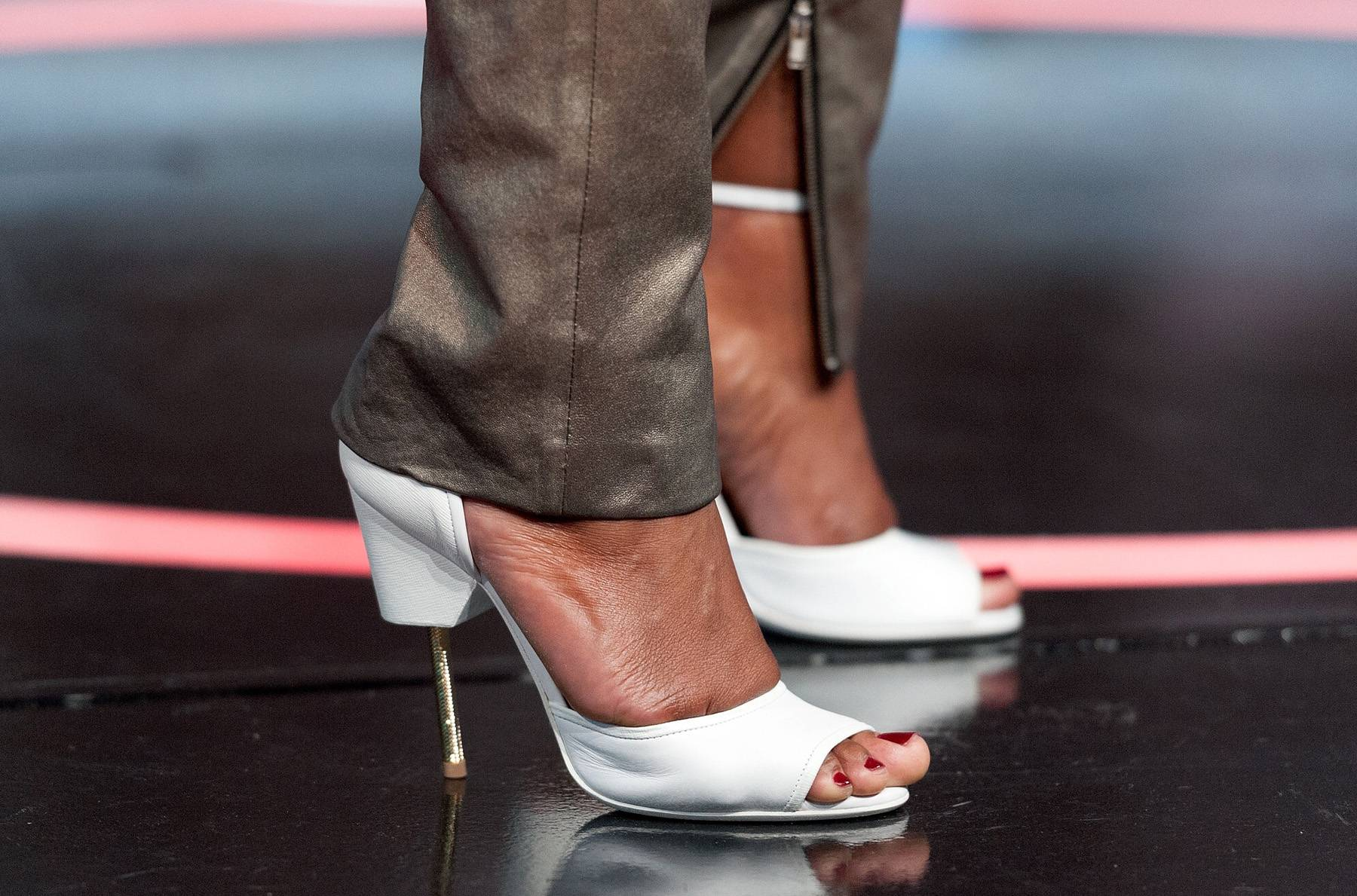 A (Fabulous) Leg to Stand On - (Photo: D Dipasupil/BET/Getty Images)