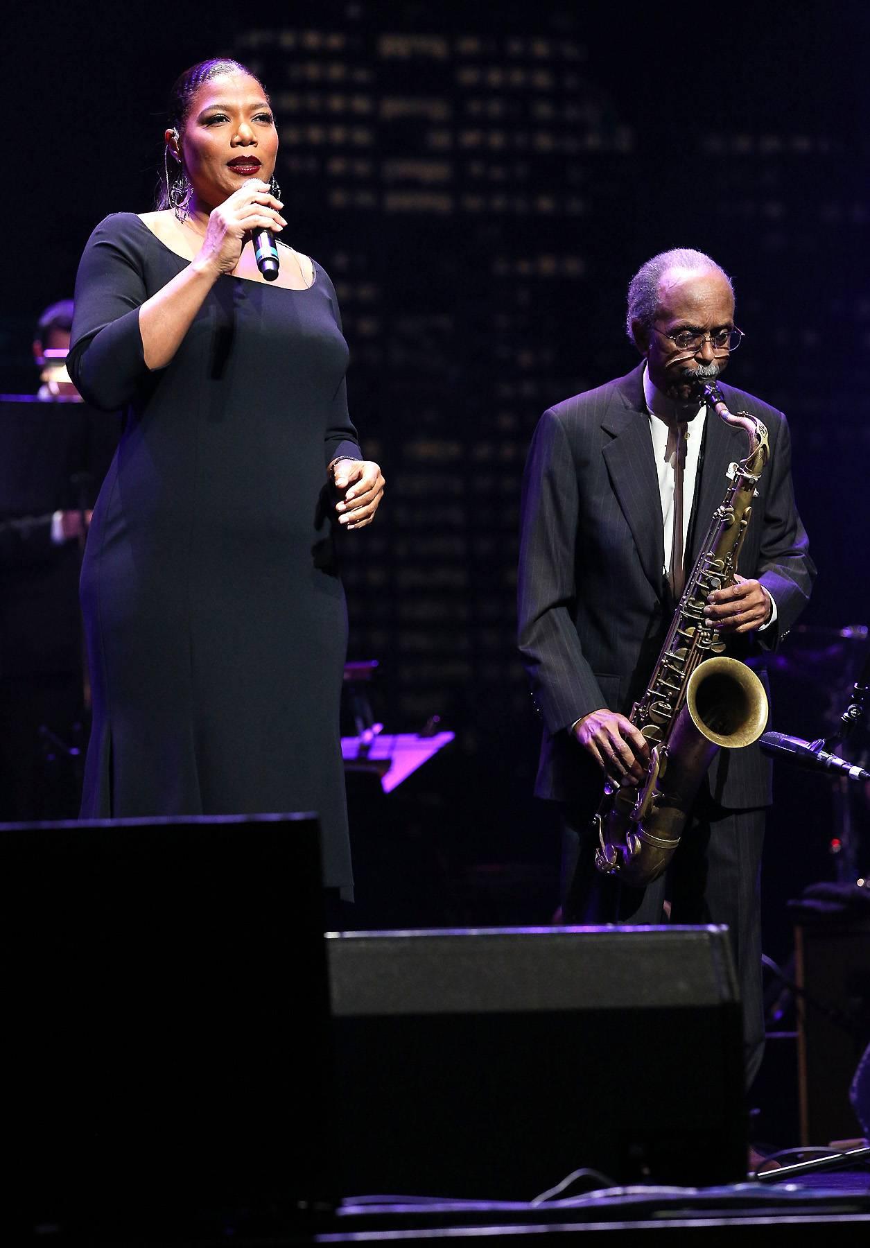 111014-celebs-out-queen-latifah-jazz-performs.jpg