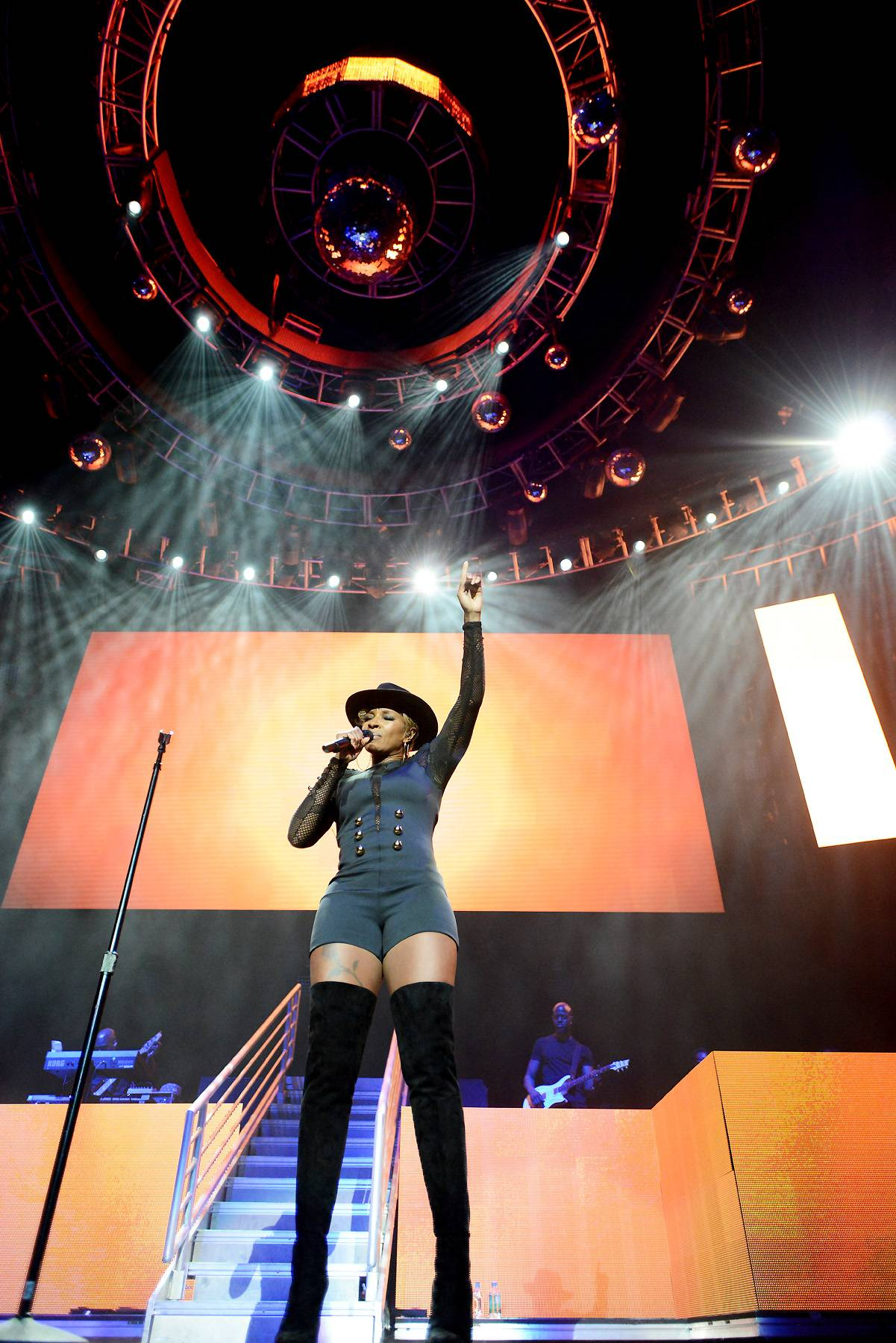 """Just Fine - From """"No More Drama"""" to """"Just Fine,"""" Mary J. Blige took fans through some of her motivational hits. (Photo by Earl Gibson/BET/Getty Images for BET)"""