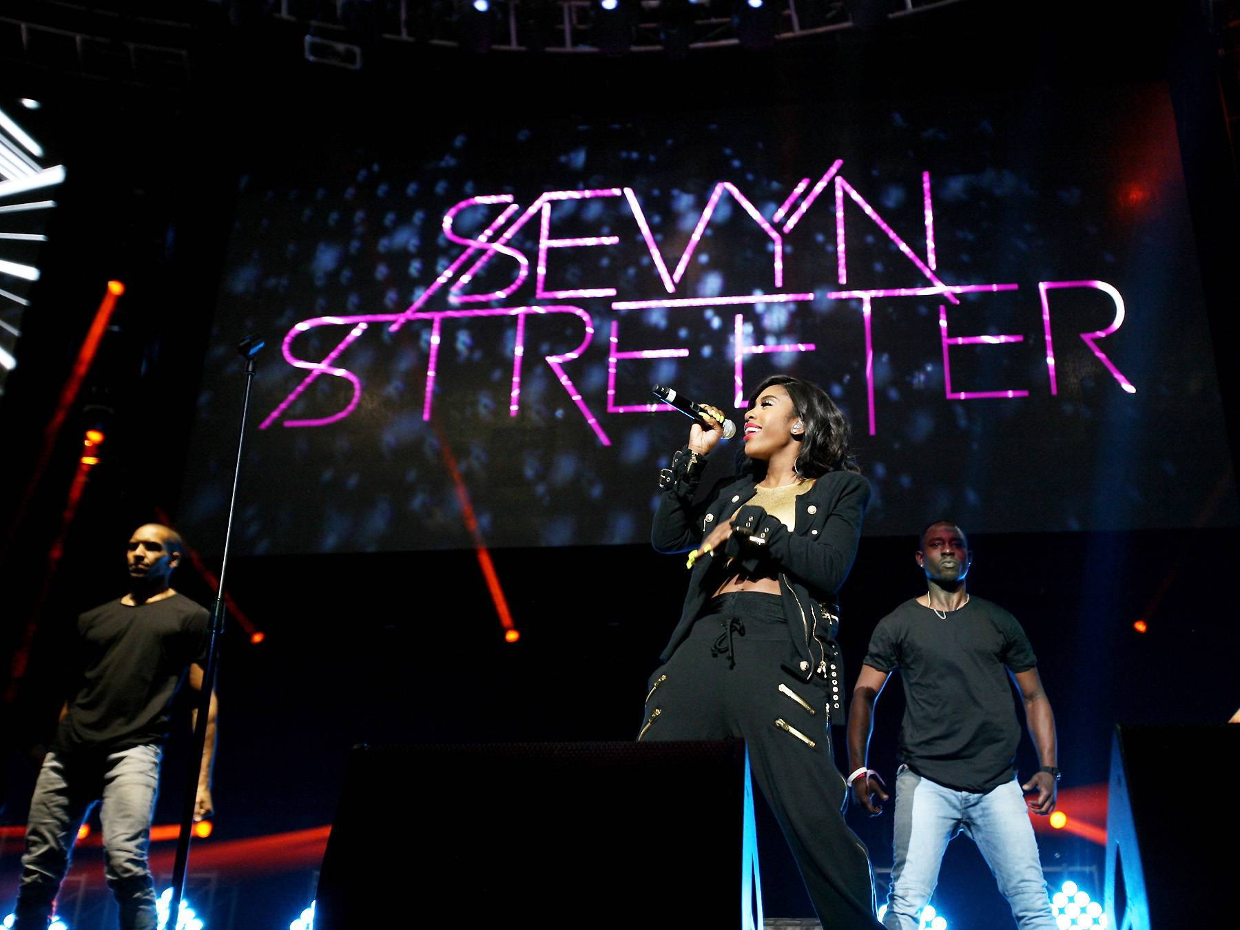 Front and Center - Singer/songwriter Sevyn Streeter's hypnotic vocals took center stage at the BET Experience. (Photo: Maury Phillips/BET/Getty Images for BET)