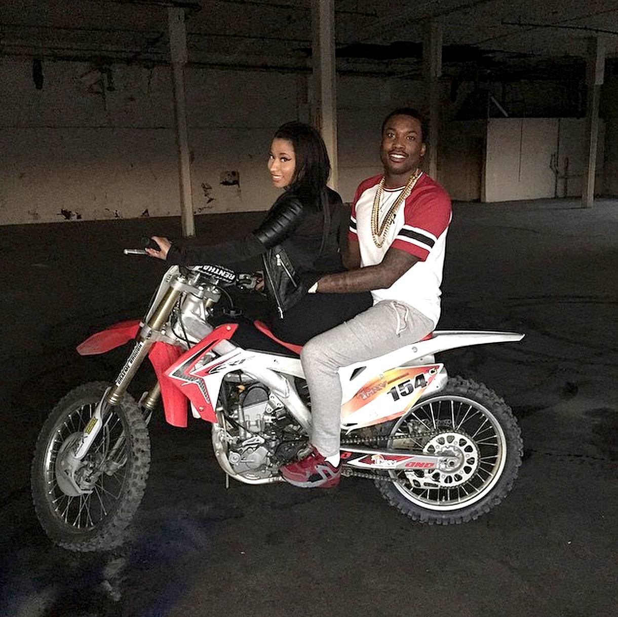 """Ridin' 'Round - This picture is cute, but the caption is what really made everyone take notice. """"Why do ppl invest so much time & energy into other people'slives? Spend your time planning your future and living your dreams,"""" Nicki wrote in the caption.(Photo: Nicki Minaj via Instagram)"""