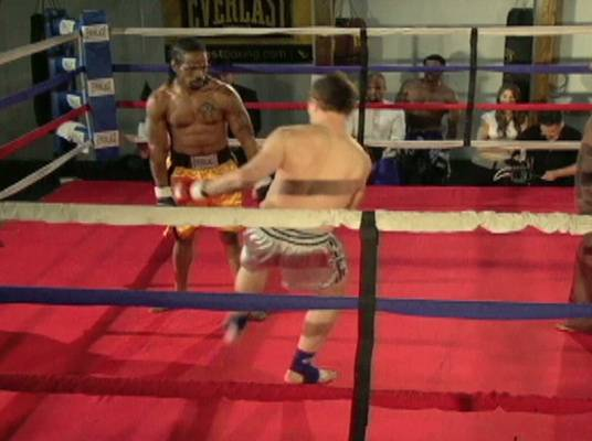 Big Mistake - Green makes the mistake of putting his arms down. That's when Kaljevic kicks him in the head, knocking him out. Kaljevic wins!