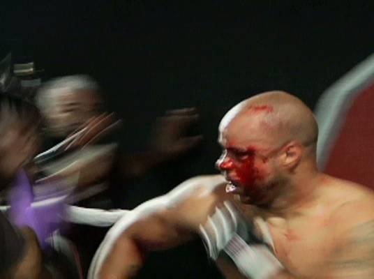 Ewwww! - Abongo's elbow opens up Ford's eye. Abongo wins!
